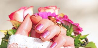 HOME REMEDIES FOR STRONGER NAILS